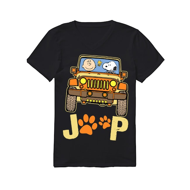 Charlie Brown and Snoopy Jeep dog V-neck T-shirt
